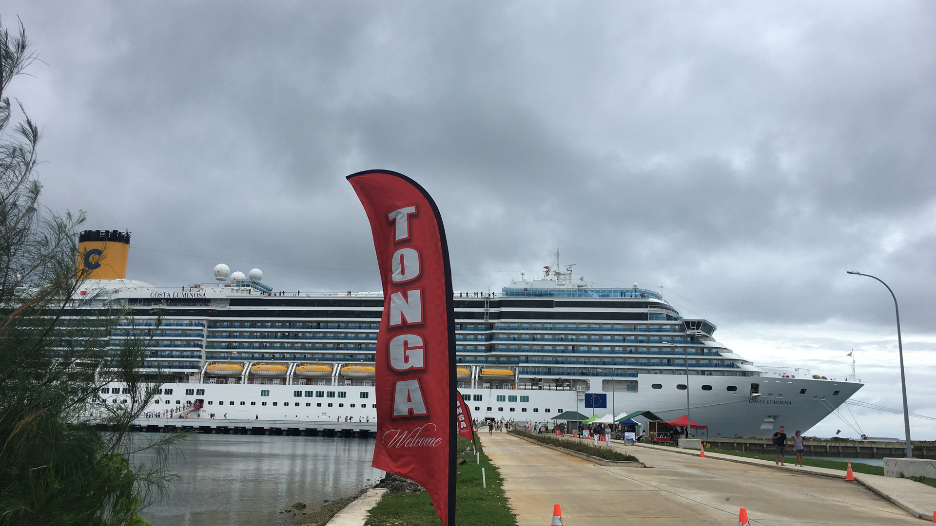 Cruise Ship Costa Luminosa Visits Nuku Alofa Jones