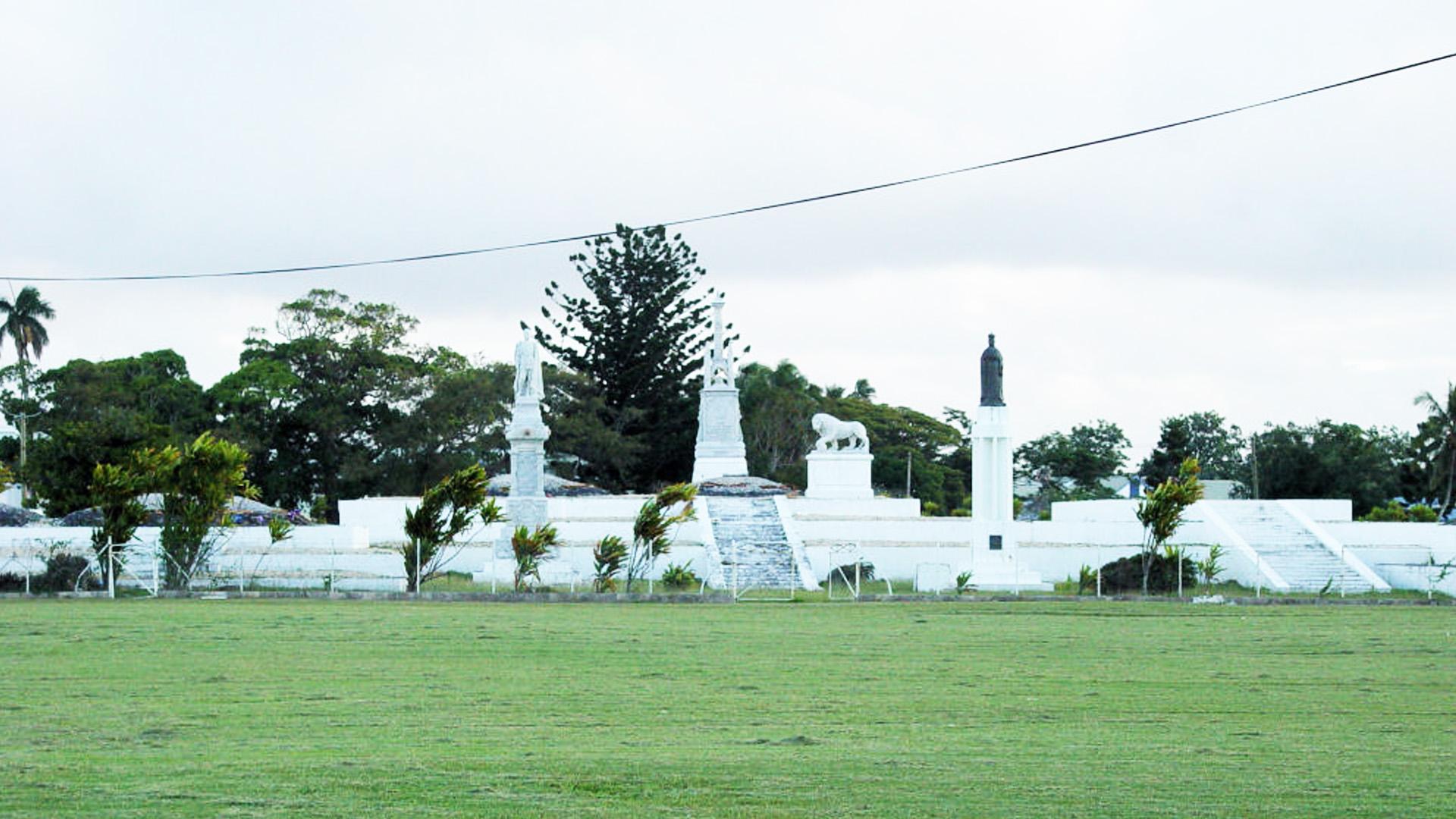 Royal Tomb - Tonga Historic Tours